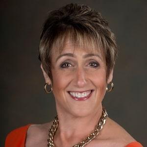 Profile photo of Leslie Canham